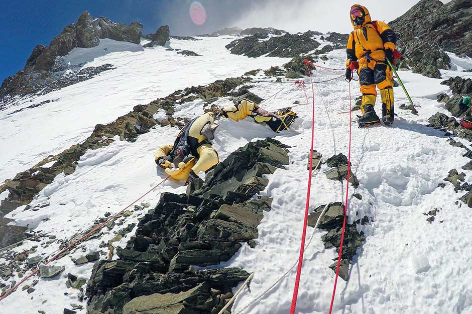Bringing the dead back from Everest