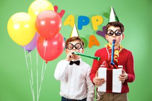 7 Frugal Kids Birthday Party Ideas & Games