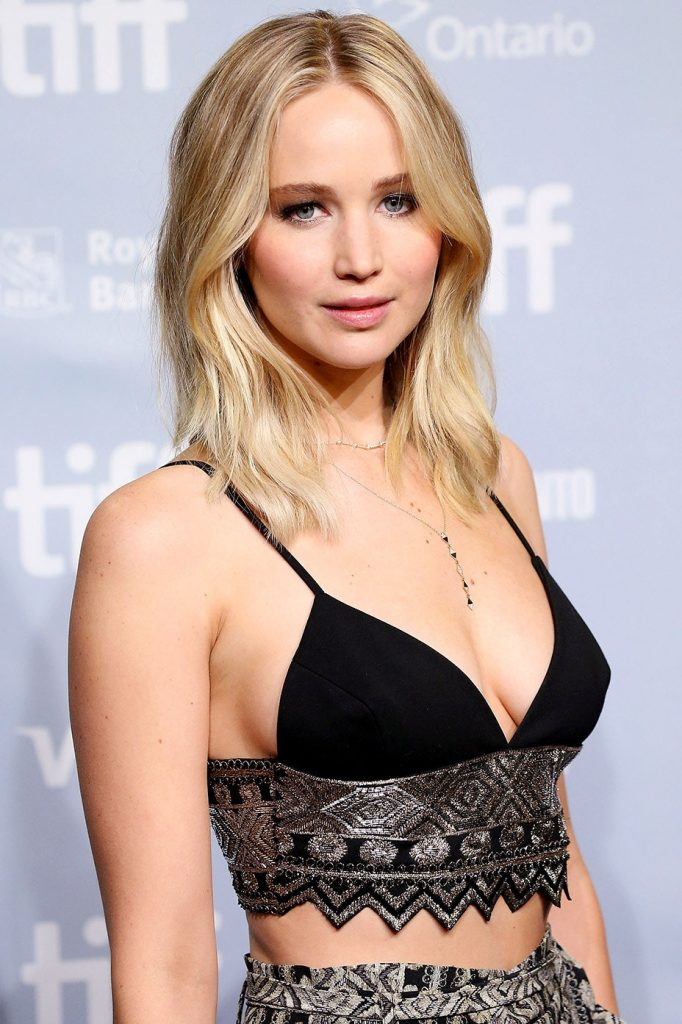 """Three Years After the Nude-Photo Hack, Jennifer Lawrence Is """"Still Processing""""  Vanity Fair"""