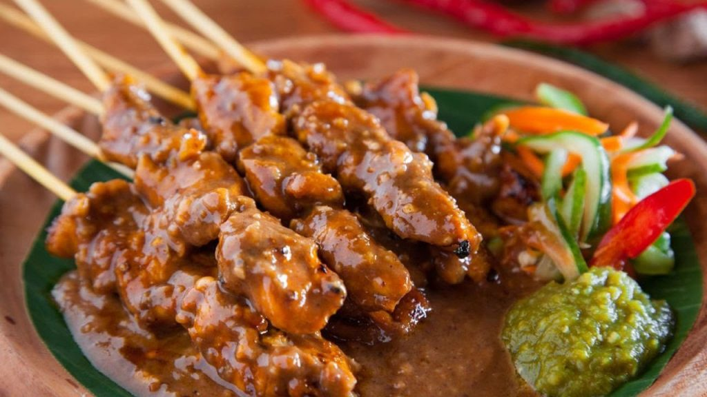 Top 10 Indonesian Food Dishes - Yummy and Delicious Food - YouTube