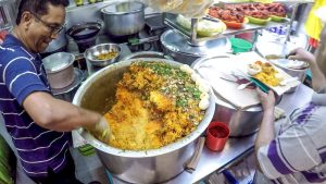 Singapore. Great Street Food from India in Tekka Hawker Centre - YouTube