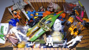 What's in the box: Random STAR WARS Toys! Figures, Vehicles and more - YouTube