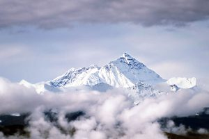The Story of the 5 Greatest Mount Everest Climbers