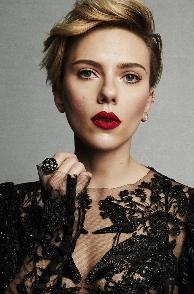 The meaning and symbolism of the word - «Scarlett Johansson»